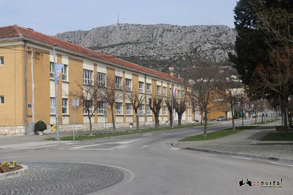 skola-marko-marukic