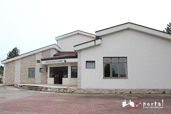 klobuk-skola
